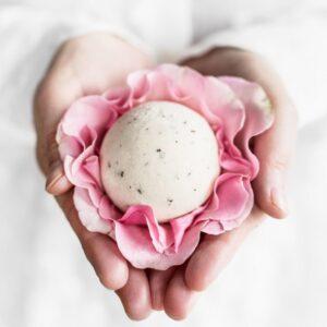 Ministerstwo Dobrego Mydła Półkula do kąpieli Róża Kosmetyki naturalne UK Dunia Organic
