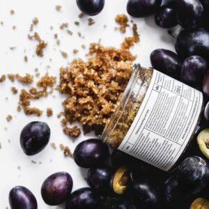Ministerstwo Dobrego Mydła Peeling do ciała Śliwka . Kosmetyki naturalne UK Dunia Organic